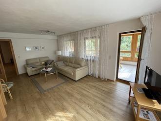 auffallige wohnzimmer einrichtung frischekick 83. Black Bedroom Furniture Sets. Home Design Ideas
